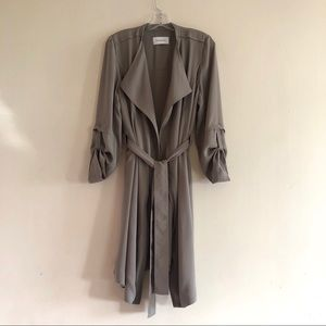 Babaton Quincey Flowy Lightweight Trench Coat